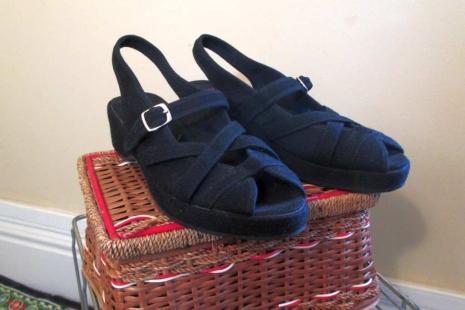 Vintage 40s style Black Sandals