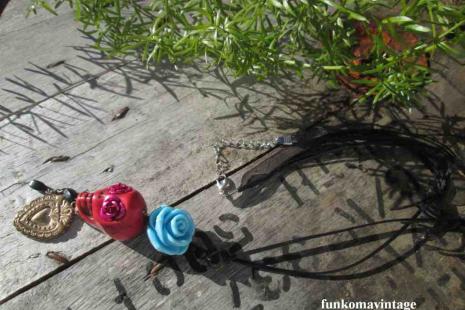 skull necklace-hart