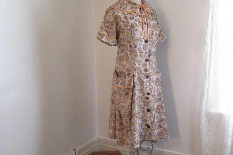 60s Gold Paisley dress XL